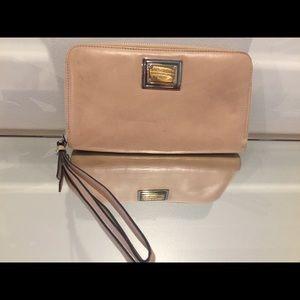 💥Sale!Dolce& Gabbana vintage wallet with strap